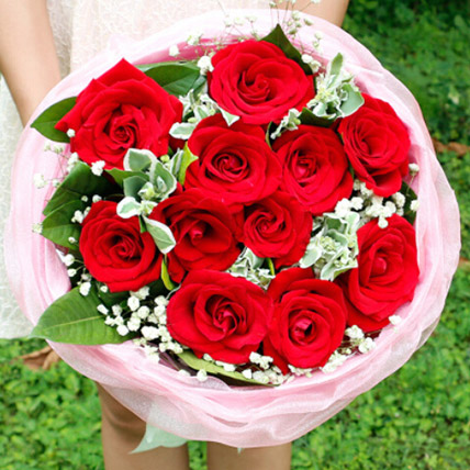 Love In Heart With Red Roses: Send Gifts To China