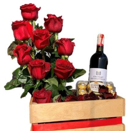 Red Roses Arrangement & Red Wine Hamper: Send Gifts to Egypt
