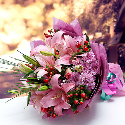 Colors of Charm KT: Flower Delivery Kuwait