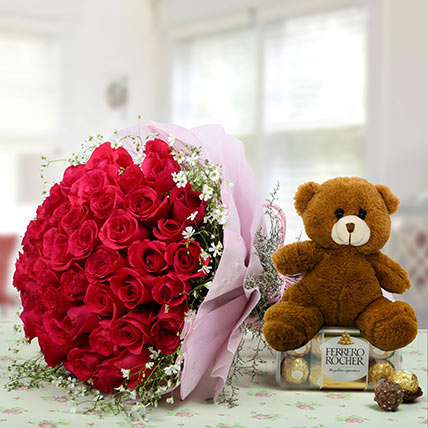 Hamper Showing love: Propose Day Flowers & Teddy Bears