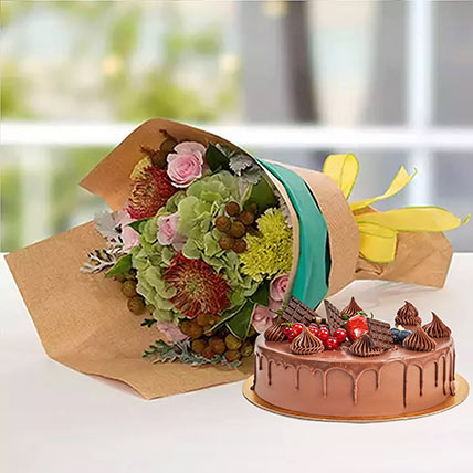 Royal Flower Bouquet With Chocolate Fudge Cake: New Year Flowers & Cakes