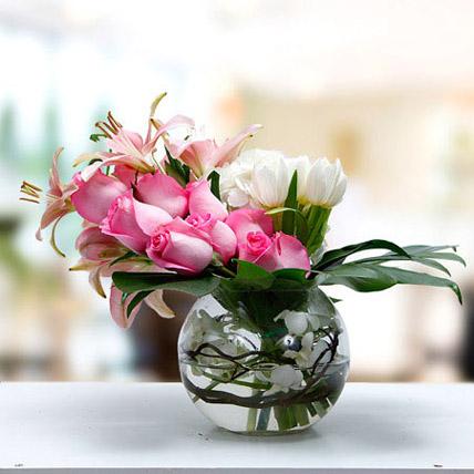 Romance In Heart: Lilies Bouquet
