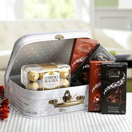 The Chocolaty Box: Gift Hampers