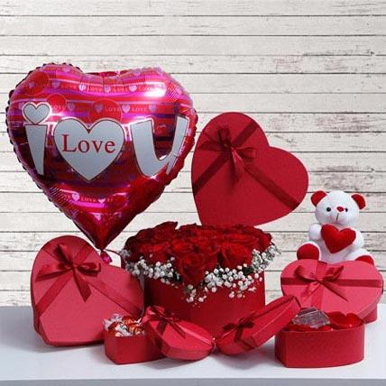 Tenderness Of Love: Karwa Chauth Flowers & Teddy Bears