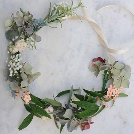Pretty Floral Tiara: Wedding Flowers