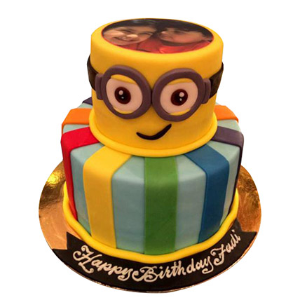 Bob the Minion Cake: Cartoon Cakes for Kids