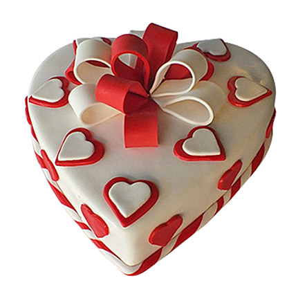 Red Ribbon Cake: Valentines Day Gifts to Ras Al Khaimah