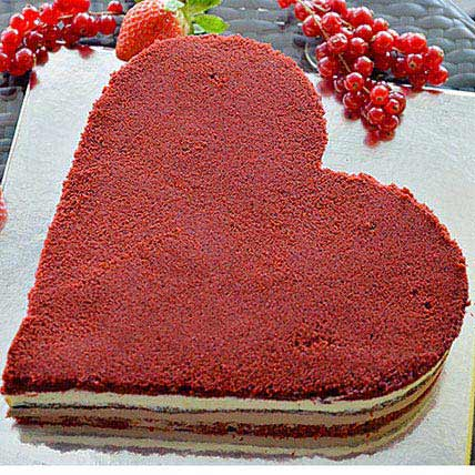 Romantic Velvet Cake: New Year Cakes