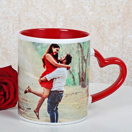 Red And White Personalized Mug: Personalized Gifts Abu Dhabi