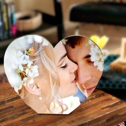 Heart Shaped Personalized Frame: Personalised Photo Frames