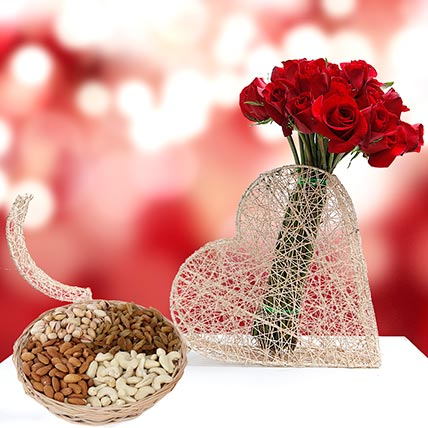 Roses Bunch and Dry Fruits Combo: Birthday Flowers and Dry Fruits
