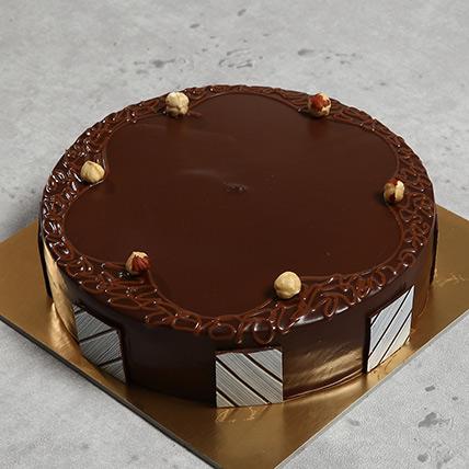 Eggless Hazelnut Chocolate Cake:  Eggless Cake Delivery