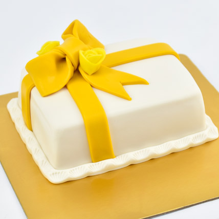 Designer Gift Wrapped Mono Cake: Cake for Kids