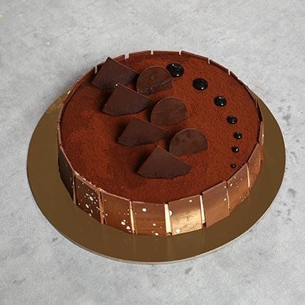 Appetizing Tiramisu Cake: Tiramisu Cake Delivery