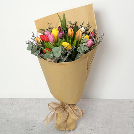 Beautiful Tulips Bouquet: Midnight Gifts Delivery