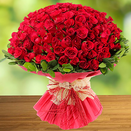 100 Red Roses:  Anniversary Gifts for Parents