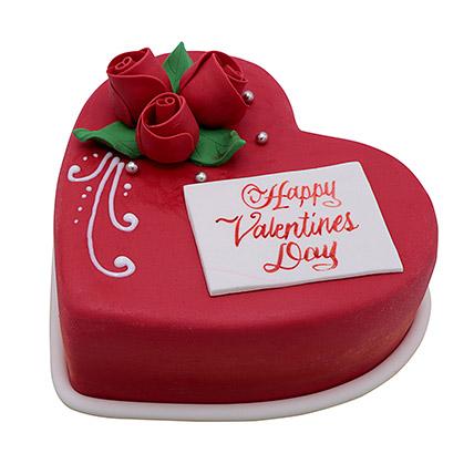 Heart Shaped Valentine Cake 1Kg: Valentine Cakes to Ajman