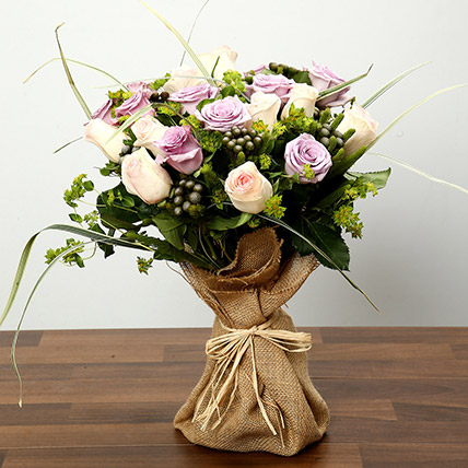 Purple and Peach Rose Bouquet: Flower Bouquets to Dubai