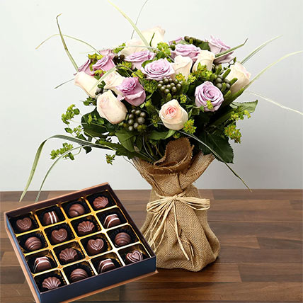 Purple and Peach Rose Bouquet With Chocolates: Flowers and Chocolates for Mothers Day