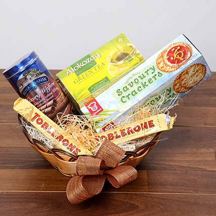 Green Tea and Munchies Basket: Gift Hampers