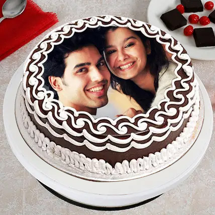 Personalized Cake of Love: Anniversary Photos Cakes