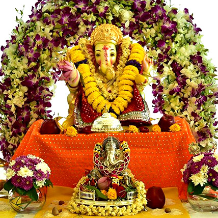 Ganesh Chaturthi Pandal Floral Decor: Best Gifts