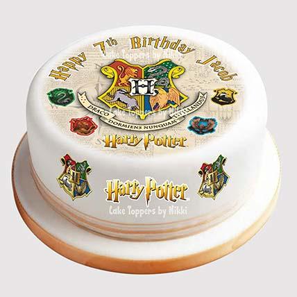 Hogwarts Logo Cake: Harry Potter Themed Cakes