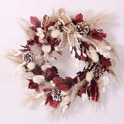 Elegant Dry Flowers Wreath: Christmas Wreaths