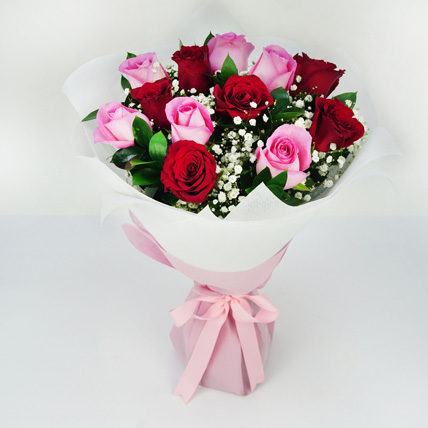 Pink and Red Roses Grand Bouquet: Mother's Day Gifts