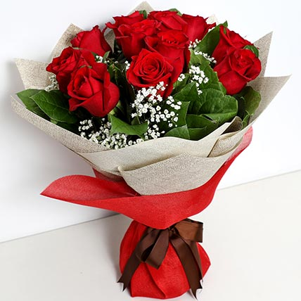 Bunch Of Ravishing Roses: Flowers for Him