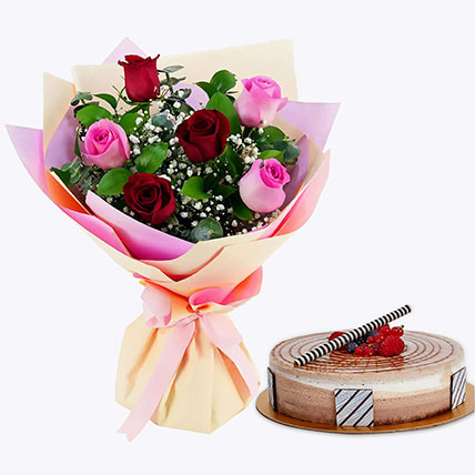 Gorgeous Roses Bouquet With Triple Chocolate Cake: Flowers with Cakes in Abu Dhabi