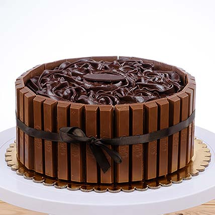 KitKat Chocolate Cake: Grandparents Day Gifts