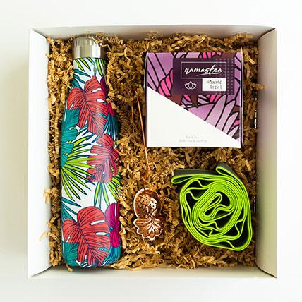 Wellness Tea & Accessories Gift Hamper: Gift Hampers