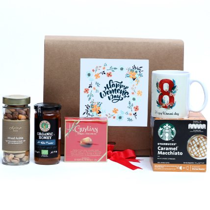 Womens Day Gift Hamper: Women's Day Gifts