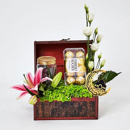 Ramadan Mubarak Premium Hamper: Ramadan Gift Ideas