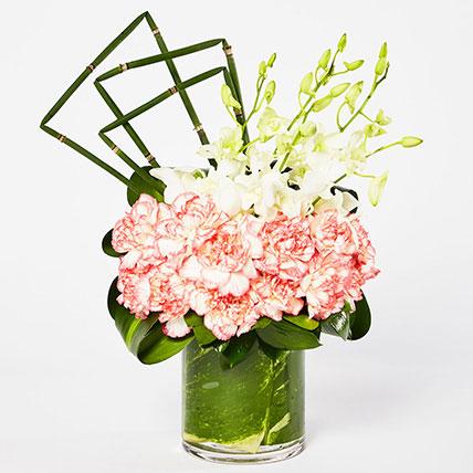 Exquisite Mixed Flowers Vase Arrangement: Flower Arrangements