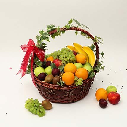 Juicy Fruits Basket: Thanksgiving Gift Ideas