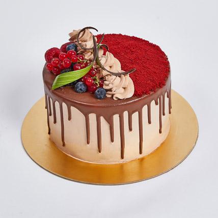 Chocolaty Red Velvet Cake: Red Velvet Cake Dubai