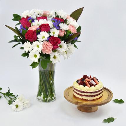 1 Kg red Velvet Cake Combo: Birthday Flowers & Cakes