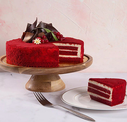 4 Portions Red Velvet Cake: Cakes In Dubai