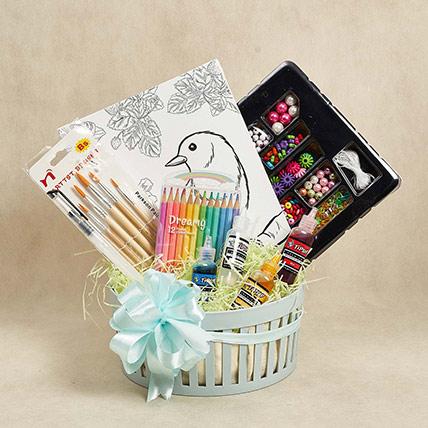 Gift Hamper For Lil Painter:
