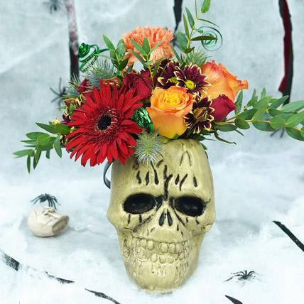 Skuuulled Flowers: Halloween Baskets