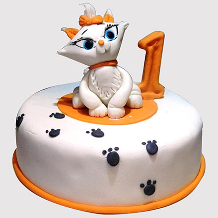 White Cat Birthday Cake: Cat Cakes