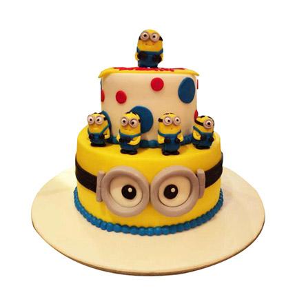 World of Minions Cake: Minion Cakes