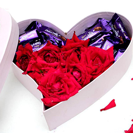 Heart Of Chocolates And Roses: Send Flowers To Pakistan