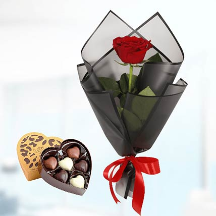 Red Rose Black Wrap & Godiva Chocolates: Chocolates