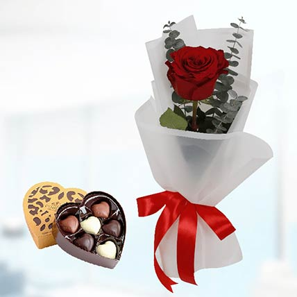 Red Rose White Wrap & Godiva Chocolates: Chocolates