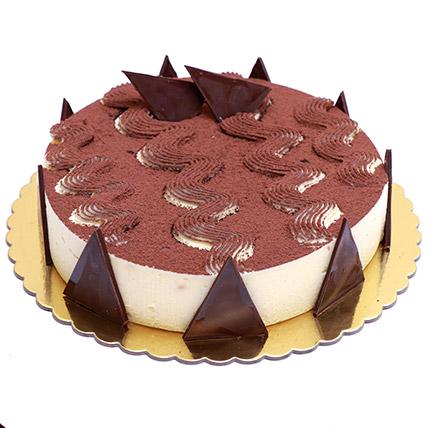 Enjoyable Tiramisu Cake: Gift Delivery in Qatar