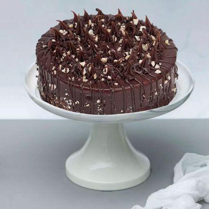 Crunchy Chocolate Hazelnut Cake: Cake Delivery in Qatar