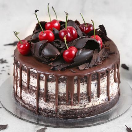 Delicate Black Forest Cake Half Kg: Send Cake to Saudi Arabia